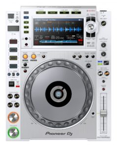 CDJ-2000NXS2-W_prm_top_low_0825-848x1071
